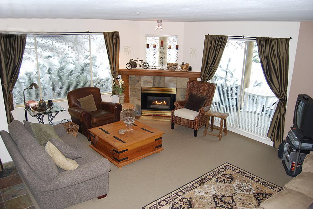 One bedroom condo ski-in ski-out