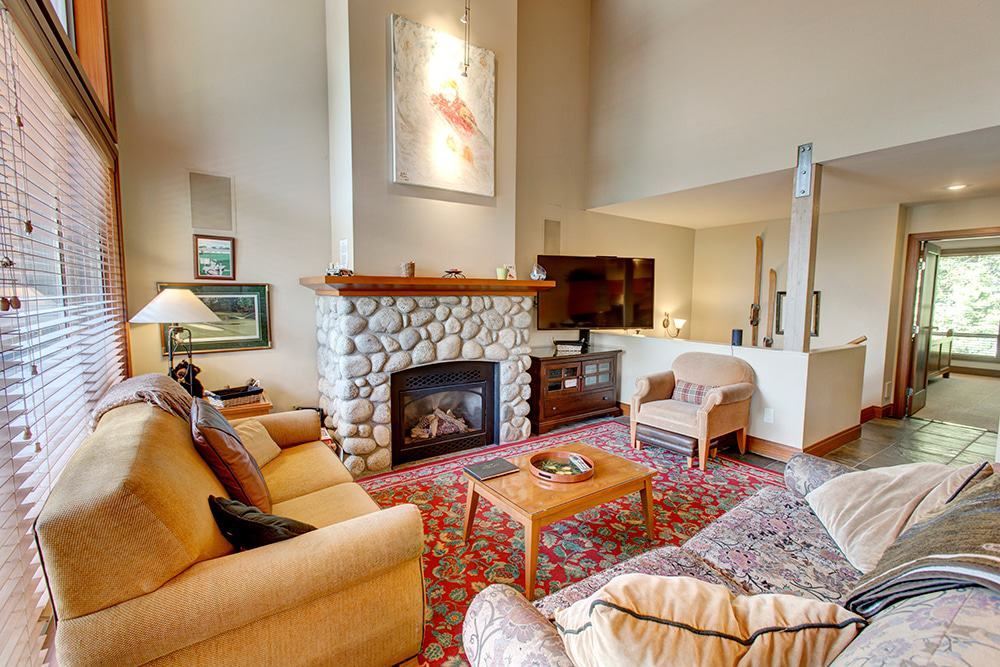 Three bedroom townhouse blackcomb